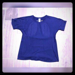 NWOT Victoria's Secret sport T shirt